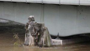 160602170829_paris_flooding_624x351_reuters_nocredit