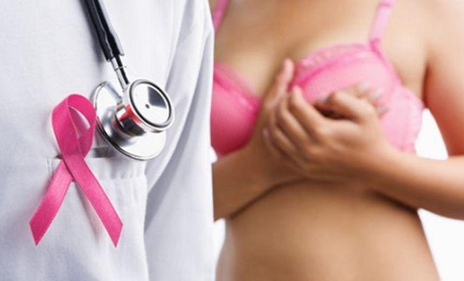 лікар мамолог